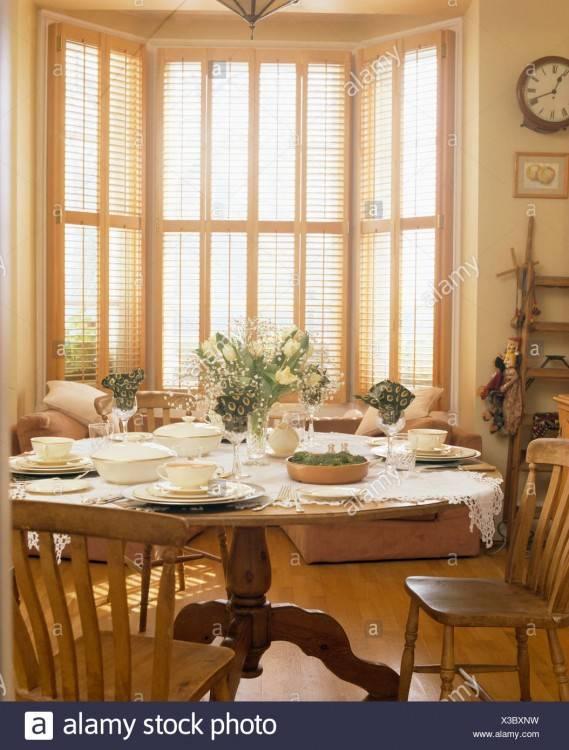 Furniture Inc Old World Formal Dining Room Group