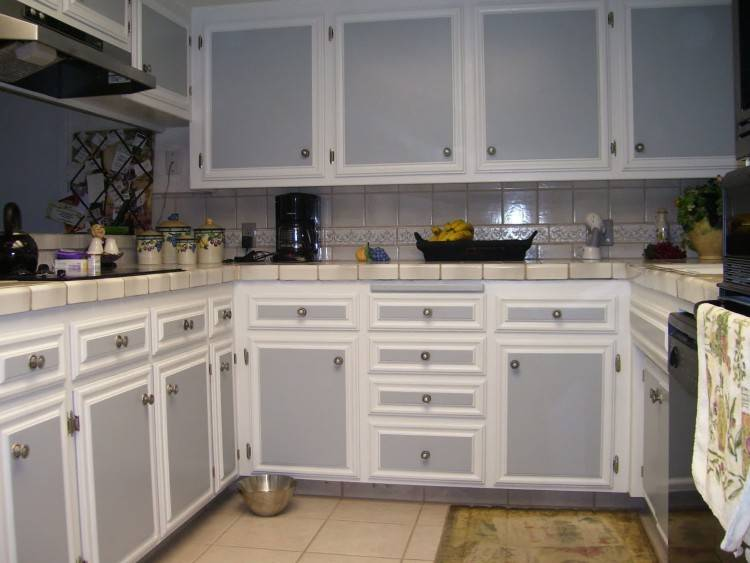 two  tone blue kitchen cabinet