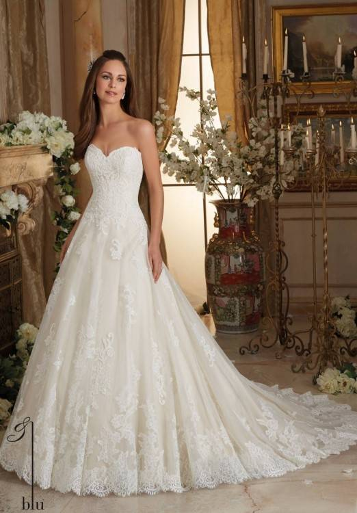 Princess Plus Size Wedding Dresses 2017 Ball Gown Sweetheart Neckline  Strapless Puffy Bridal Gowns Lace Appliques Top Custom Corset Back Plus  Size Wedding