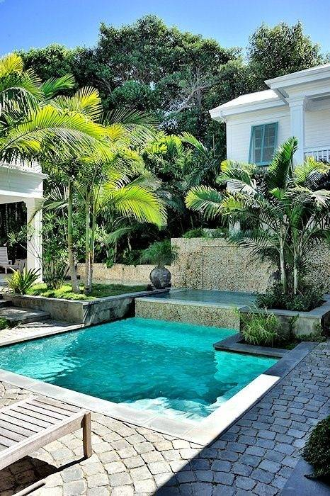 tropical backyard ideas