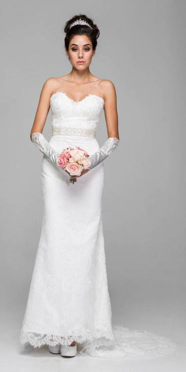 Karolina Enzoani 2016 wedding dress strapless