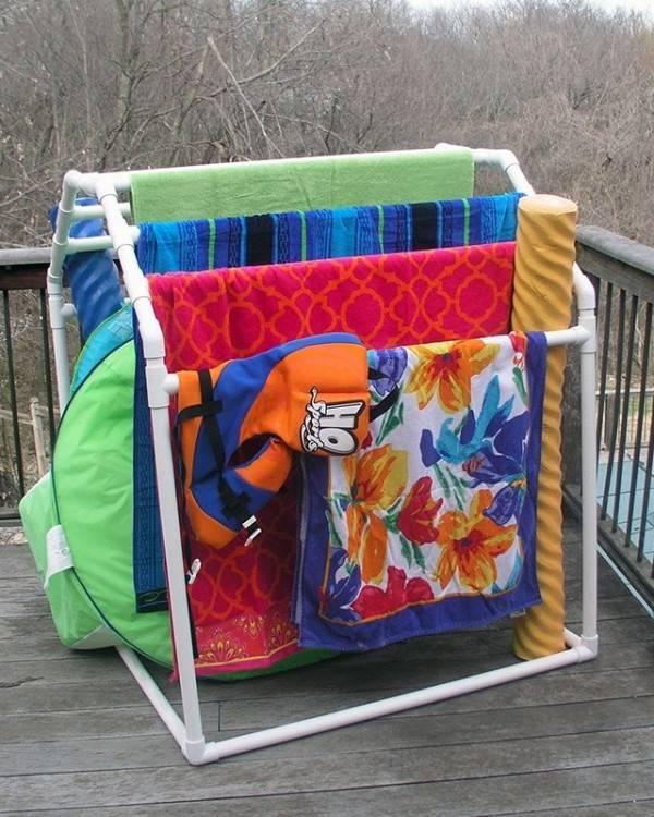 pool  towel rack