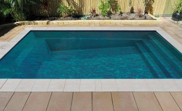 We install fibreglass swimming pools in hamilton and throughout the Waikato  / Bay of Plenty regions