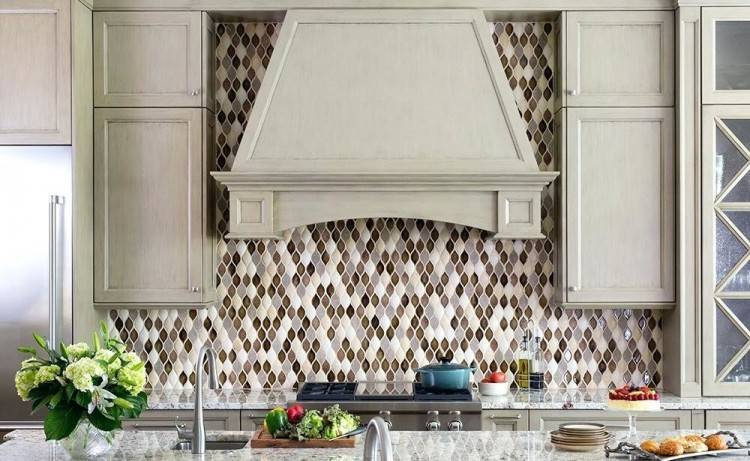Appealing White Kitchen Cabinet Ideas with Kitchens With White Cabinets  And Backsplashes Delighful Kitchens