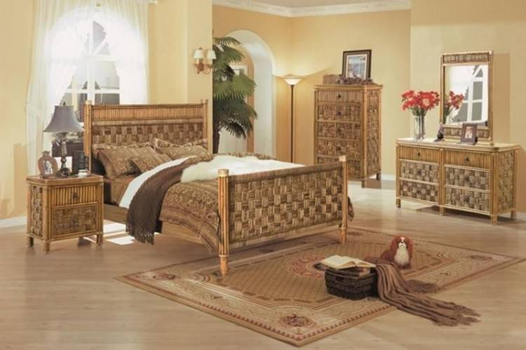 Full Size of Bedroom Old Fashioned Bedroom Sets Antique Style Living Room  Furniture Best Paint To
