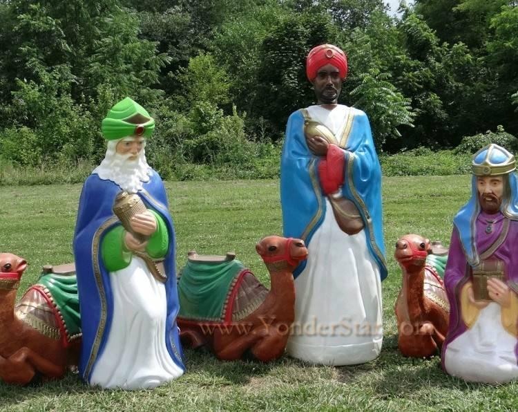 Outdoor Nativity Holy Family, Set of 3 Main