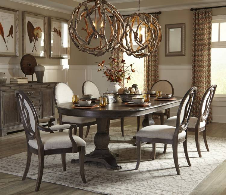 Large Picture of Brooks Furniture Classic American Dining Table