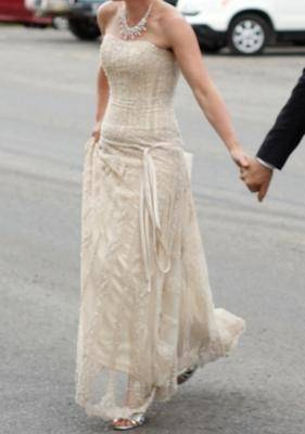 Maggie Sottero Champagne Ivory Sundance Feminine Wedding Dress Size 12 (L)