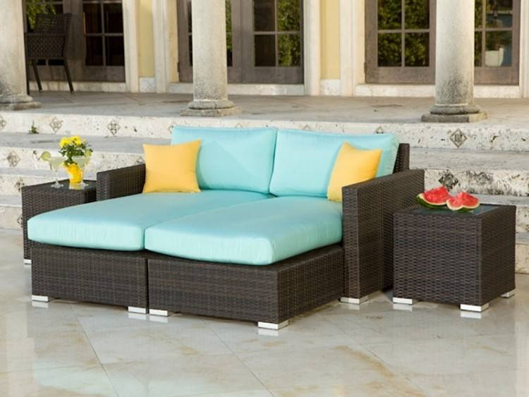 Mooreanna is hand woven with all–weather materials and includes  fade–resistant cushions making it ideal for any indoor or outdoor space in  the home