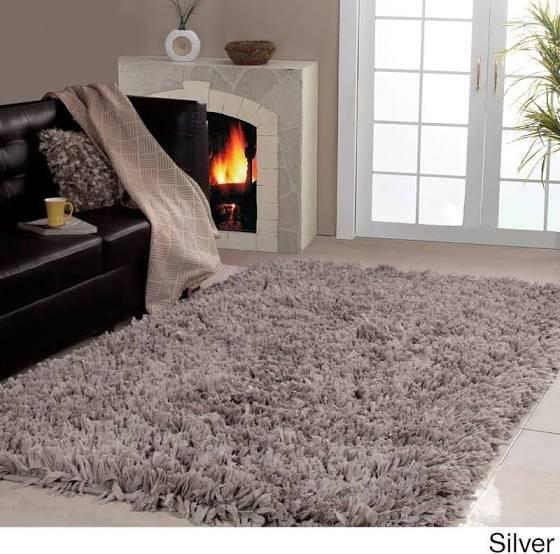 white fuzzy rug