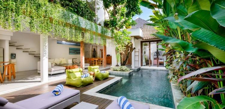 Bali Villa VV Pool open plan Living Dining and Kitchen