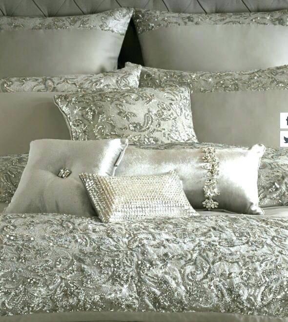 Full Size of Enchanting Bling Bedroom Set Beige Fabric Rug Grey Sets Furniture Queen King Home