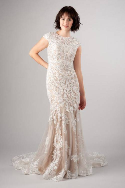Winter wedding dress pronovias This dress is beautiful