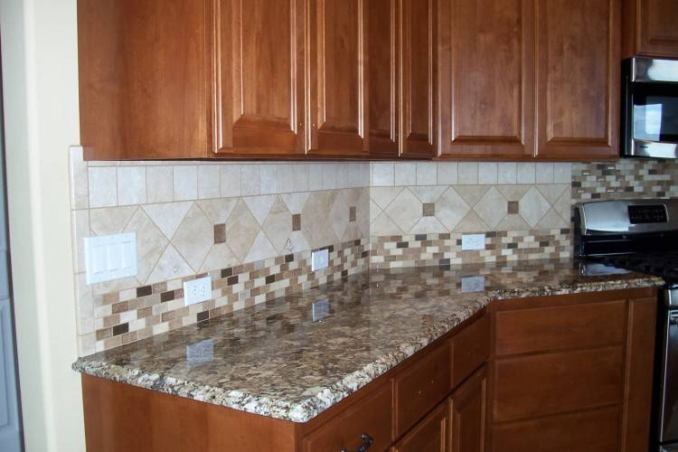 Kitchen backsplash designs idea is given by the top designer of Pakistan,  In this design you can manage your all accessories in the small area kitchen