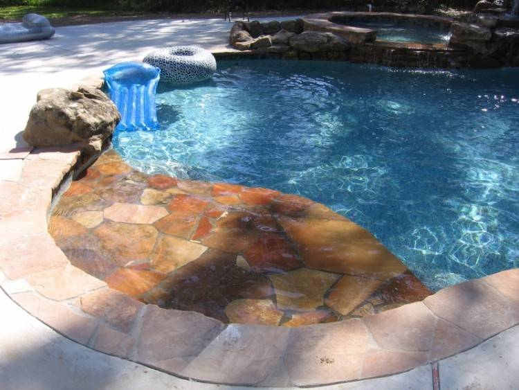 From luxury landscape design and outdoor kitchens to custom pools and spas,  Envy Exteriors can develop