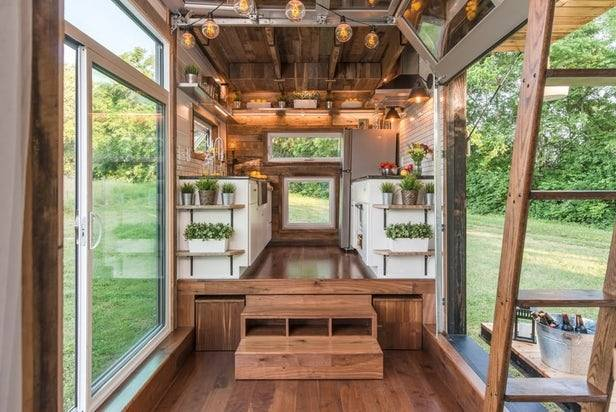Just the essentials / Tiny house / Beach cabin / The Green Life