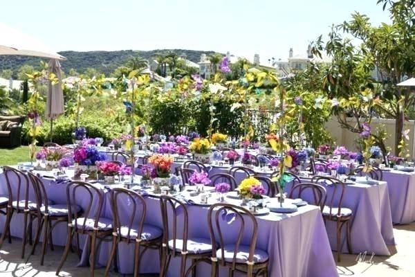 outdoor bridal shower decoration