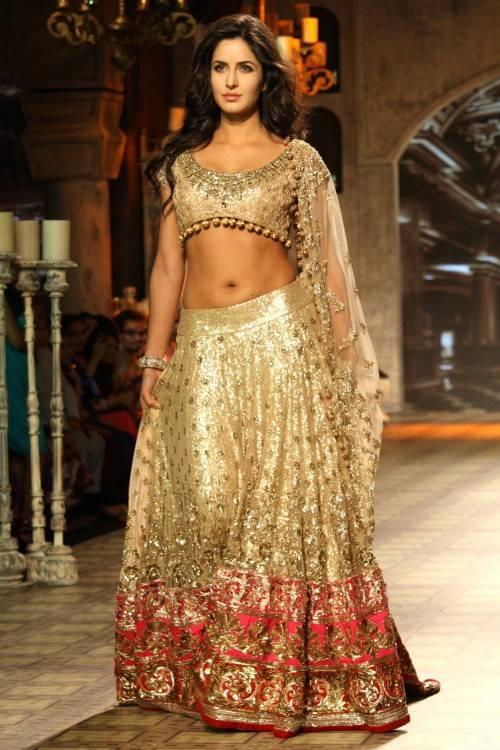 indian wedding clothes manish malhotra 2014 9