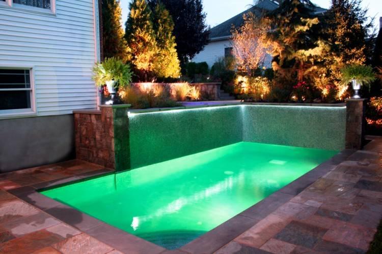 Fiberglass Pools & Fiberglass Swimming