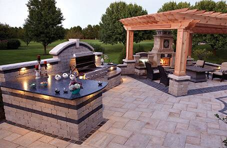 Hopkins Custom Pools is a family owned and operated pool company in Rockwall,  TX