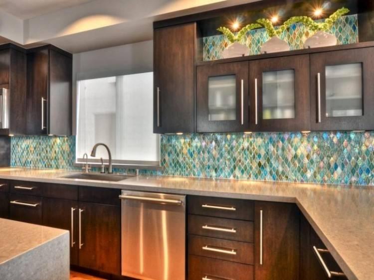 kitchen backsplash ideas with oak cabinets