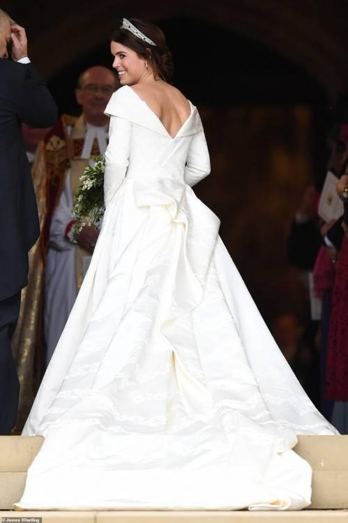 Claret Wedding