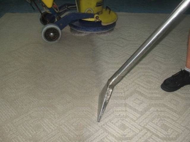 The MaxiVac Floor Carpet Sweeper ships is packaged economically to save on  shipping