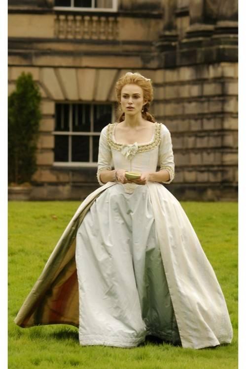 Juliet's (Keira Knightley) Wedding Dress