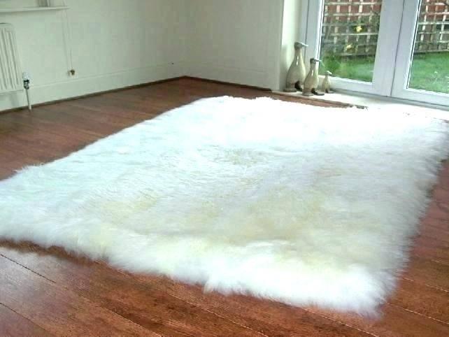 White Fluffy Rug White Plush Area Rug White Fluffy Rug Full Size Of Small White  Fur Rug White Soft White Plush Area Rug White Fluffy Rug Bedroom White