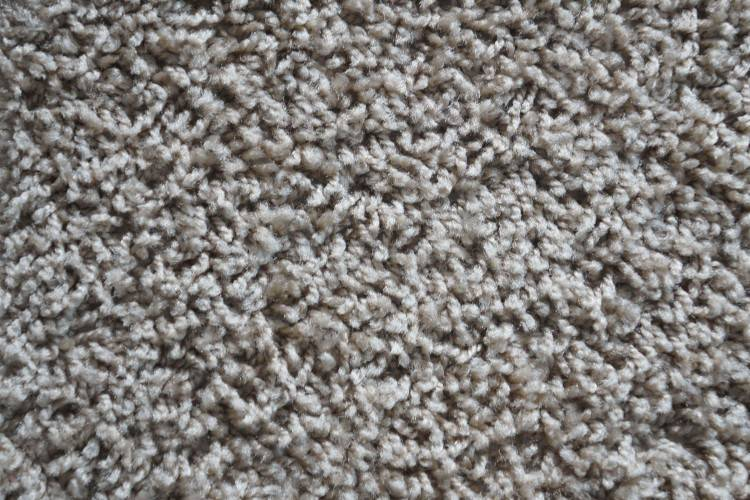 The newest  technologies help to make natural carpets much cheaper by using viscose and  nylon instead