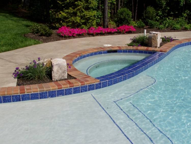 We begin the pool design process by evaluating what you want out of your  swimming pool