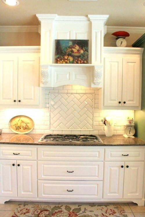 Here is a sampling of pictures from an ideabook I created showcasing  kitchen backsplash ideas