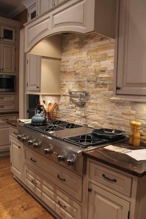 Natural stone tile backsplash designs